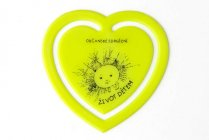 Plastové srdíčko - citronově žluté
