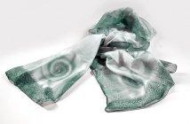 Ručně malovaný šál - šedo-zelený